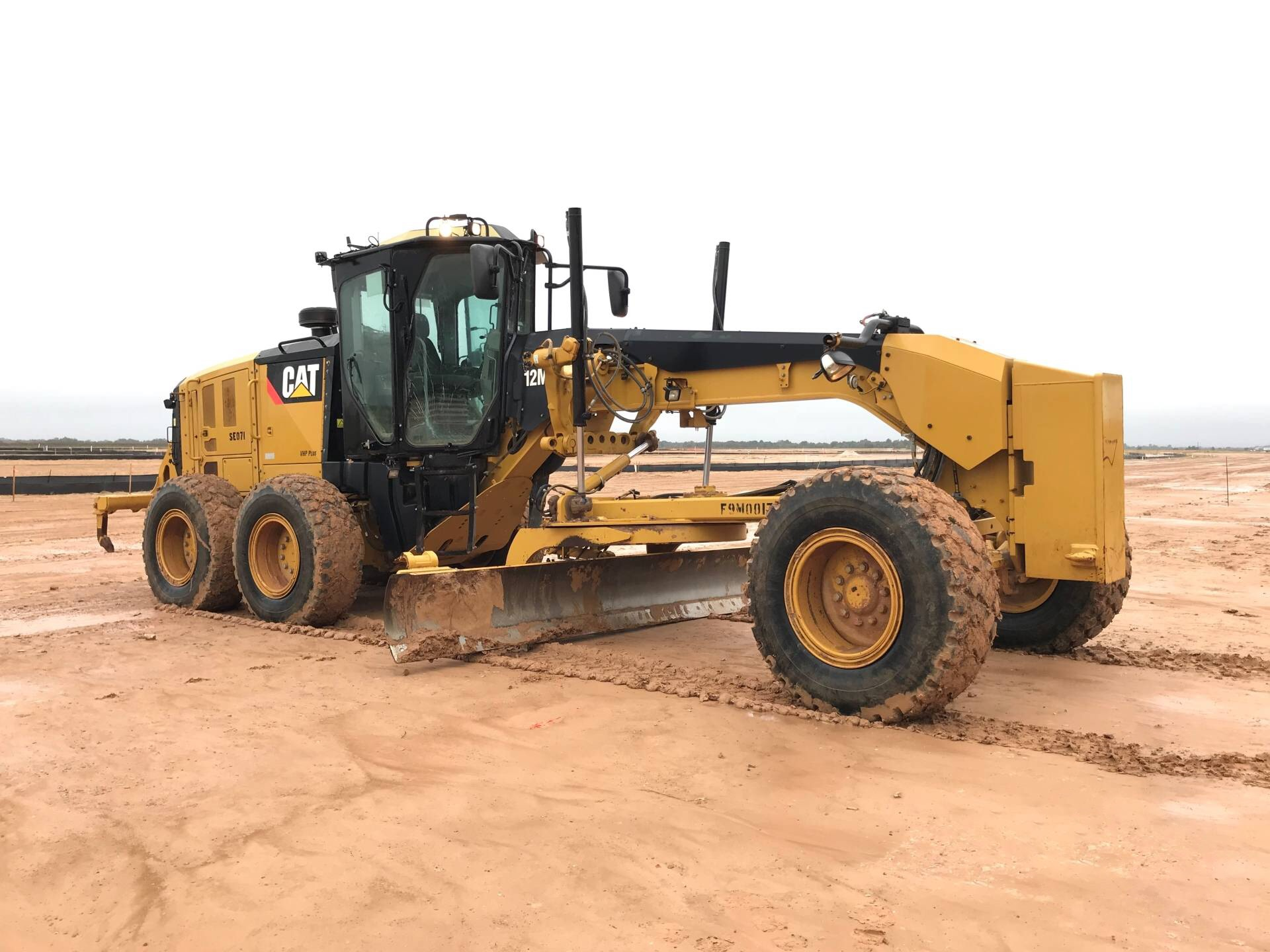 Used Caterpillar Motor Graders for sale,Importers of Used